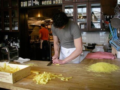 cutting-pasta