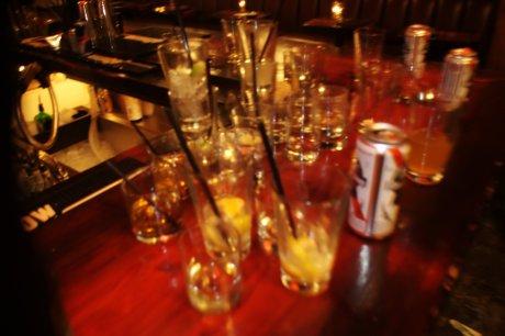 moe bar